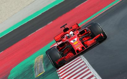 F1: Vettel smashes track record on penultimate day of testing