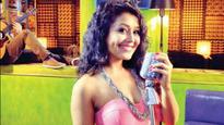 You won't believe what Neha Kakkar gifted her fan on 'Sa Re Ga Ma Pa'!