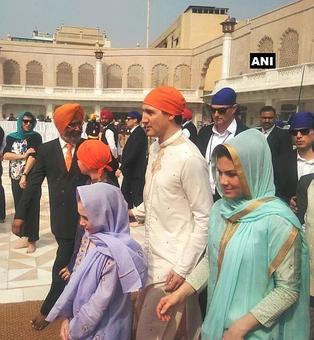 In Punjab it's a red-carpet visit for Trudeau, 1st stop -- Golden Temple