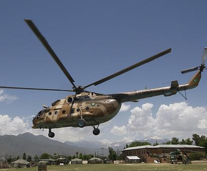Taliban free Pakistani helicopter crew captured after crash