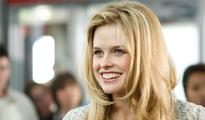 Alice Eve believes in aliens