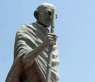 No policy of mandatory use of Mahatma Gandhi photos on calendar: Khadi body