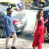 Mom-to-be Kareena Kapoor Khan goes on a date with hubby Saif Ali Khan and looks STUNNING!