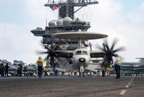 Navy awards pilots whose actions saved a plane after aircraft carrier mishap