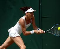 Agnieszka Radwanska ends Petra Kvitova's winning run at Connecticut Open