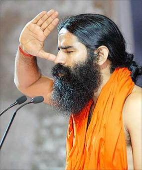 Ramdev plans world class varsity in India