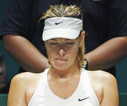 WTA Finals: Serena bounces back in Bouchard battering