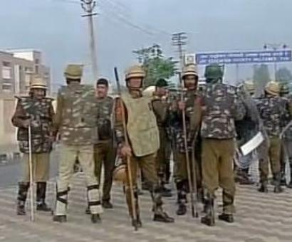 DSP, 3 cops injured as Jat protesters clash with police