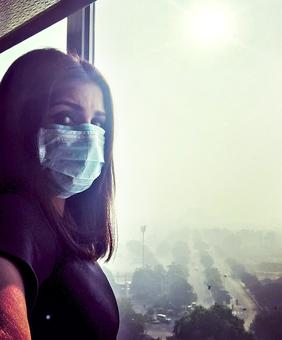 #DelhiSmog: 'WAKE UP. We cannot be doing this to our planet'