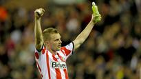 Sunderland midfielder Seb Larsson out for six months after knee surgery