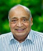 Moortidevi award for M P Veerendra Kumar