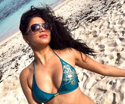 PIX: Kavita Kaushik's Mauritius holiday