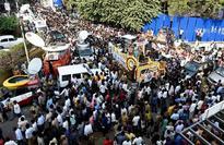 Filmmaker Balachander cremated