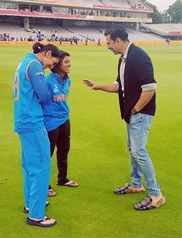 'Tenacious' India women's team get all round applause