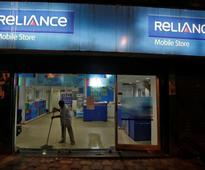 Debt concerns pile pressure on shares in Reliance Communications