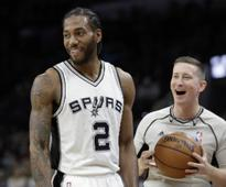 NBA roundup: Spurs dominate Raptors; Julius Randal's triple