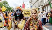 ISKCON celebrates the Rathayatra festival in London