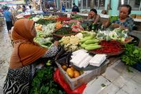 Govt to Hold Meeting on Soaring Food Prices