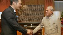 President Pranab calls for early solution to border problem with China