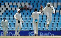 India lose Kohli and openers, stare at a series defeat
