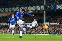 Benoit Assou-Ekotto trolled Spurs for trailing to Everton, twice [Tweets]