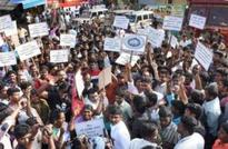 TamilNadu: Youth protests seeking resumption of Jallikattu continue for 4th day today