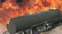Fireball engulfs traffic on Kenyan road