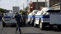 Hostages as Armenia building seized