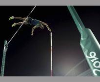 Brazilian pole vaulter Thiago Da Silva receives 1kg gold bar as reward