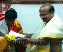 Kundapur: Popular Kannada film comedian, actor Jaggesh visits Mookambika temple