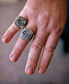 Tampa Bay Rays Championship ring, bought on eBay, turns out be a fake of the fake