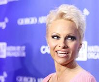 Pamela Anderson wants to become an erotic writer