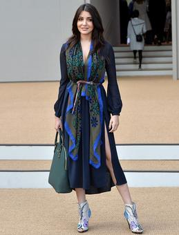 PIX: Anushka Sharma goes SUPER GLAM at London Fashion Week