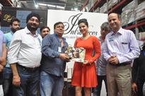 Walmart India_ Ms. Sunny Leone visits Walmart India's Best Price Modern Wholesale store in Zirakpur