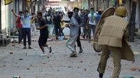 Kashmir unrest: Officers not in office, Naeem Geelani not questioned by NIA