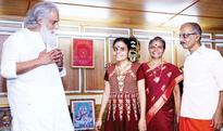 Yesudas visits Vaikkom Vijayalakshmi at her home, young singer on cloud nine