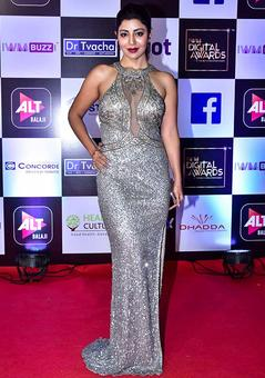 PIX: Debina, Ahana, Nusrat on the red carpet