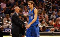 Carlisle plans to recruit Nowitzki back to Dallas