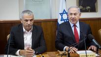 Kahlon promises to oppose Netanyahu's news