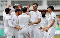 England triple strike rocks Sri Lanka