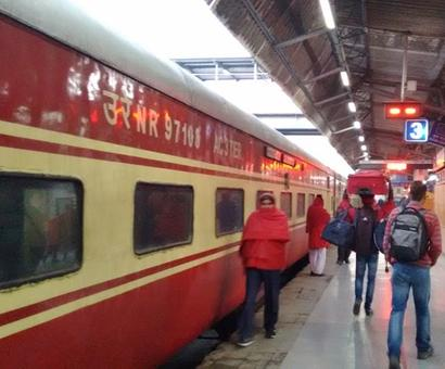 Indian Railways earns Rs 14 bn via reserved ticket cancellation in FY17