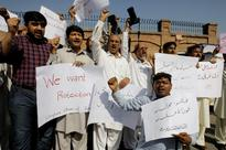 Attacks on journalists in Pakistan met with impunity in 2015