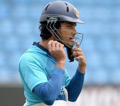 Lanka 'keeper Dinesh Chandimal undergoes thumb surgery