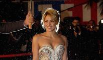 Shakira hooks up with Madonna