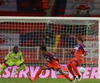ISL 2016: FC Pune City aim for victory at home against Kerala Blasters