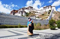 Tibet receives over 6.8m tourists in first half of 2016