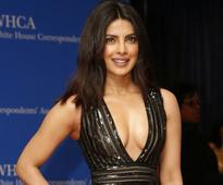 Priyanka Chopra shows why she is the 'hottest' in Maxim photoshoot [VIDEO]
