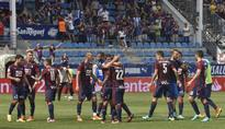 Eibar downs 10-man Real Sociedad squad 2-0