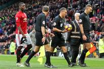 Refs at loggerheads over Man Utd penalty shout: Former official disagrees with Howard Webb