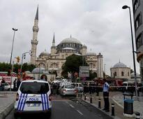 Istanbul bomb blast kills 11 people, wounds 36...